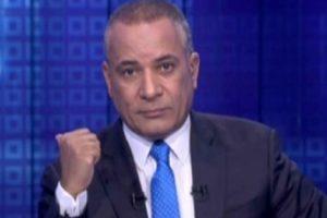 """شاهد.. أحمد موسى يهدي بطلي ملحمة البرث درع """"صدى البلد"""""""