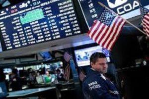 البورصة الأمريكية تتراجع بالمستهل بضغط من البيانات الاقتصادية