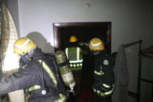 السيطرة على حريق شقة وإخلاء العمارة احترازياً بمكة