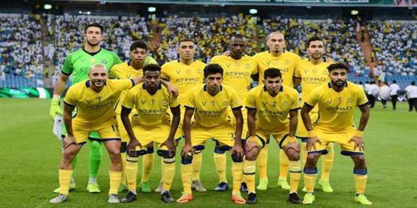 النصر السعودي يطالب مدربه بحسم مصير اللاعبين